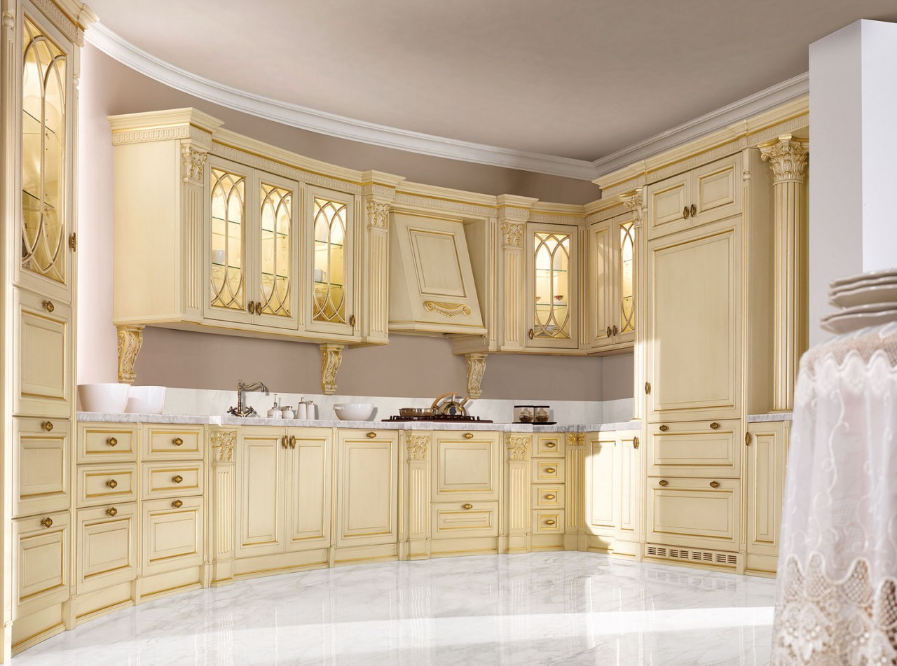 Photo n. 942 / RAL 1015 ivory patinated with gold leaf - Kitchen - Duca D'Este